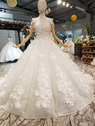 $enCountryForm.capitalKeyWord NZ - Luxurious Ball Gown Wedding Dresses Hand Made Flowers Spray Platinum Beads Crystal High Neck Shorts Sleeves Tiers Bridal Dresses Gowns