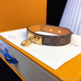 Designer Armband Lederarmband Vintage Lederarmband Herren und Damen Accessoires 2019 Luxus Mode Accessoires V L Pend im Angebot