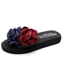 Elegant Flower Girl Shoes Australia - XMISTUO Brand 2017 Casual Flower Female Pantufas Designer Slippers Elegant Women Sandals Beach Clogs Girl Sandles Rihanna Shoes