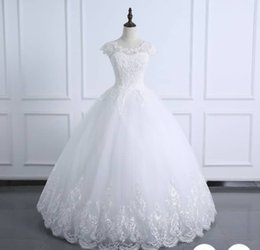 wedding dresses flowers design NZ - 2020 Ball Gown Wedding Dress with Appliques and Beads Gorgeous Design Bridal Gowns for Castle Wedding Custom Made