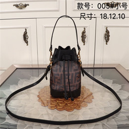 handbags for dinner Australia - Fashion Ladis Bucket Bags for Dinner Party Delicate Mini Handbag INS Style Girls Shoulder Bag with Letter Print