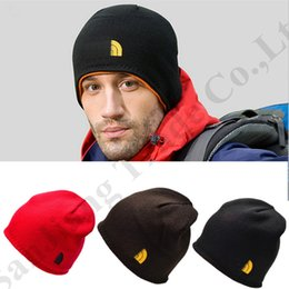 $enCountryForm.capitalKeyWord Australia - Designer Men Beanies The North Reversible Beanie Hat Double layer Fleece Skull Caps Face Brand Kniting Hats CaquOutdoor Skiing Cap C72604
