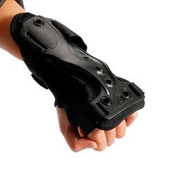 $enCountryForm.capitalKeyWord NZ - M L Size Adjutable Roller Wrist Hand Guard Protective Gear Roller Wrist Guard for Skateboard Skating Outside Sporting Durable