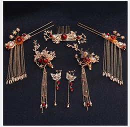Toast Suits Australia - Headwear Golden Antique Hair Hang Hang Hang Suit Red tassels with toast dress Headwear Chinese wedding celebration