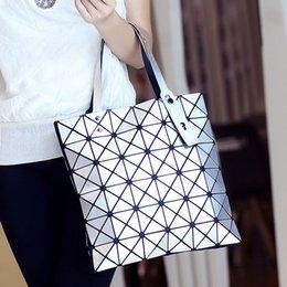 Ladys Pink Handbags Australia - Luxury Designer Handbag Fashion Laser Handbag Brand Women Shoulder Bags Diamond Lattice Crossbody Bags Ladys Totes Purses