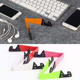 Wholesale Colorful Folda V Shaped Universal Foldable Mobile Cell Phone Stand Holder Portable Tablet PC Foldable Pad Phone Mobile Hands Holder Stand