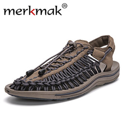 Discount summer sandals new design - Merkmak New 2018 Summer Men Sandals Fashion Handmade Weaving Design Breathable Casual Beach Shoes Unique Brand Sandals F