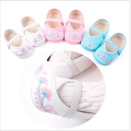 Discount white shoes for flower girls - New Spring Autumn Baby Shoes Newborn Girls Soft First Walkers Infants Crib Shoes Lovely Flower Princess For Girls