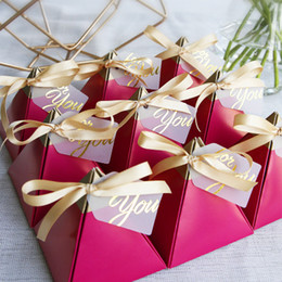 Discount party present box - rose red wedding candy boxes Triangle shape gold stamp candy box wedding presents 10 pcs European wedding Supplies thank