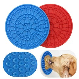 $enCountryForm.capitalKeyWord UK - Pets Dog Bath Mat Pets Licking Shower Mat Bathroom Round Bone Mat Bath Toy 10 Pieces ePacket