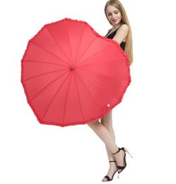 Shape photo giftS online shopping - red heart shape Umbrella Romantic Parasol Long handled Umbrella for Wedding Photo Props Umbrella Valentine s Day gift KKA6500