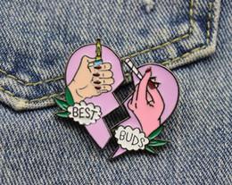 $enCountryForm.capitalKeyWord Australia - Fashion BEST BUDS Brooch Pins Button Metal Enamel Broken Heart Charm Brooches Fit Denim Jacket Collar Badge For Women BBF Friendship Jewelry
