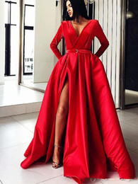 muslim long prom dress Australia - Gorgeous Red Muslim prom Dresses 2019 Ball Gown V Neck Long Sleeves sexy side Split Satin Dubai Kaftan Saudi Arabic Long Evening Gown