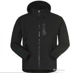 sports jacket fashion 2019 - Men's Waterproof Breathable Softshell Jacket Men Outdoors Sports Coats Women Ski Hiking Windproof Winter Outwear So