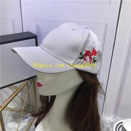 Discount mens hats for sun protection - 2019 top qualty luxury designer hats caps fashion Snapback Baseball football Sport womens mens designer Hats caps for me