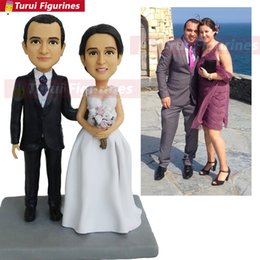 custom bobblehead UK - wedding cake topper kissing order custom couple bobblehead mini cartoon statue custom bobblehead wedding figurines doll
