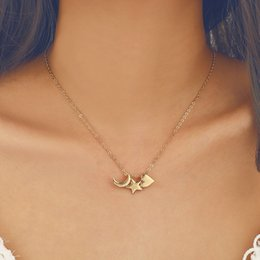 $enCountryForm.capitalKeyWord Australia - New Fashion Cute Star Moon Heart Pendant Necklaces for Women Elegant Gold Chain Simple Clavicle Necklace Jewelry Colar Kolye Gift YN27