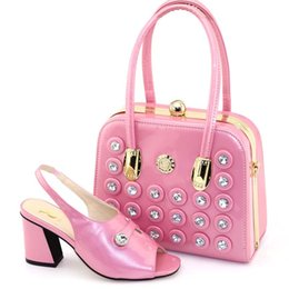 Italian Office Shoes Designs Australia - Pink Color Comfortable heels Pumps Italian Shoes with Matching Bag Italian Design African Nigeria Shoes and Bag Set for Parties
