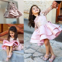 $enCountryForm.capitalKeyWord Australia - Pink Knee Length Flower Girl Dress Golden Applique Logn Sleeve Tired Satin Girls Pageant Gowns Girls First Holy Communion Dresses with Bow