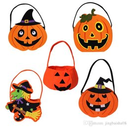 smiling faces decorations UK - 2019Halloween Pumpkin Candy Bag Trick Treat Cute Smile Basket Face Children Gift Handhold Pouch Tote Bag Non-woven Pail Props Decoration Toy