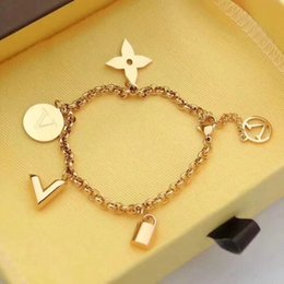 Kind bracelets online shopping - The latest fashion jewelry of is L titanium steel bracelet for men and women Three kinds of color