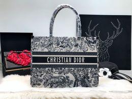 Cosmetic Bags Locks Australia - Shopping bag Luggage Bag Women Luxury Handbags Women Handbag Big Women's Shoulder Bags Cross Lock Design Lady Tote Handbag Cosmetic Handbags