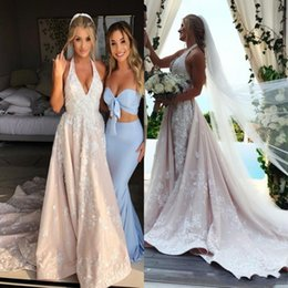 $enCountryForm.capitalKeyWord Australia - 2019 New Lace A Line Wedding Dresses Sexy Halter V Neck 3D Appliques Flora Bridal Gowns with Sweep Train