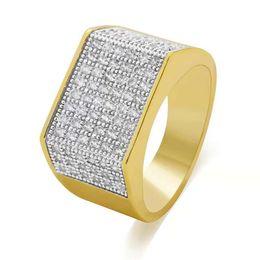 a165a04efd38 Anillo de racimo de diamantes de hip hop para hombre Anillos de oro clásico  de moda diamante lleno de cobre chapado en oro real de lujo diseñador de  joyas ...