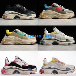 Men s fashion low shoes online shopping - 2019 Fashion Triple S Dad Shoes Best Quality Triple S Casual Shoes Trainer zapatos Men Women Casual Shoes Sport