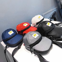 Hat bodies online shopping - Cute Women Oxford Hats Bag Creative Man Leisure Shoulder Crossbody Bag Outdoor Lady Small Phone Cosmetic Tool Bag LJJT473