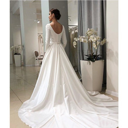 plain wedding dresses sleeves 2020 - 2020 Cheap Vintage Wedding Dresses Boat Neck Sweep Train Long Sleeve Wedding Gowns Plain Satin Bridal Gowns Robe De Mari