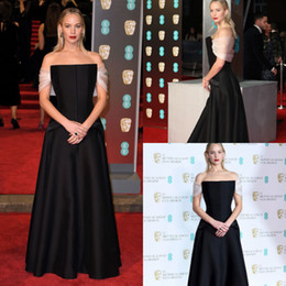 $enCountryForm.capitalKeyWord Australia - New Style Black Off The Shoulders Prom Dresses With Pockets Elegant Red Carpet Celebrity Evening Dresses Custom Made Cocktail Party Gowns