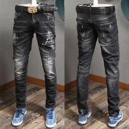 Boy Schwarz Wash Distressed Jeans Sexy Twist Fit Design Denim-Hosen Slim Fitness Cowboy Jeans Mann