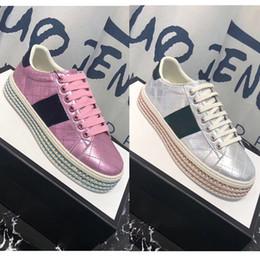 2019 Womens New Fashion Couro Tênis Plana Sneaker Sola Espessa Cunha Plataforma Casual Lace Up Sapatos venda por atacado