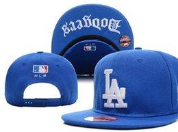 867a14fcd17b1 Designer Leather Flat Caps Cheap Snapbacks Best Baseball Cap Ua Snapback  Ovo Casquette hip hop Cheap Ball Caps La Trucker Dad Hat black blue