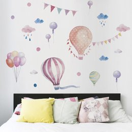 $enCountryForm.capitalKeyWord Australia - New Cartoon Hot Air Balloon Clouds Wall Sticker for Kids Room Graffiti Birthday Party Decoration for Living Room Art Mural