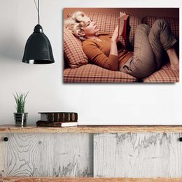 $enCountryForm.capitalKeyWord Australia - Marilyn Monroe Portait Canvas Poster And Print Canvas Oil Painting Famous Figure Decorative Picture For Office Bedroom Home Decor Framework