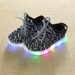 Ingrosso 2018 primavera Autunno Bambini Scarpe leggere Scarpe sportive Neonate Ragazze Led Scarpe luminose per bambini Sneakers Scarpe da corsa traspiranti 4 colori 21-36