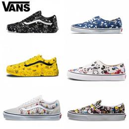 ce1e57235 2019 VANS Old Skool Comic de dibujos animados Simpson Hombres Mujeres Zapatillas  de skate mitad taxi Deportes Skate Mujer Lienzo Zapato de marca de zapatos  ...