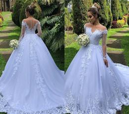 Großhandel Bescheidene Schulterfrei Lange Ärmel Brautkleider 2019 Elegant A Line Appliques Country Garden Formale Braut Brautkleider Plus Size