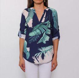 $enCountryForm.capitalKeyWord NZ - Fashion Womens Ladies V Neck Floral Shirt Ladies Casual Loose Tops Blouse Half Sleeve Women Summer Clothing