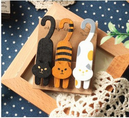 Bookmarks Set NZ - Kawaii Stationery 3pcs  1lot Mini Natural Painted oh my cat Wood Clip Set   Cute Wooden Paper Clips   Small Craft Photo Pegs