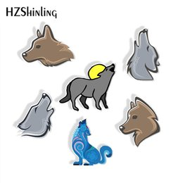 Resin wolf online shopping - New Fashion Wolf Howling Shrink Resin Brooches Vintage Wolf Howling Epoxy Acrylic Brooch Hand Craft Gift for Men
