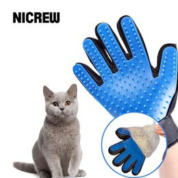 deshedding tool wholesale UK - Deshedding Brush Glove For Animal Cat Supplies Pet Gloves Hair Comb Finger Glove For Cat Grooming Supplies Pet Cleaning