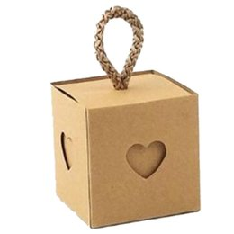 small paper gift boxes UK - 50Pcs Heart Wedding Decoration Birthday Candy Box Beautiful Bag Small Party Favor Gift Bag Packaging Kraft Paper Box