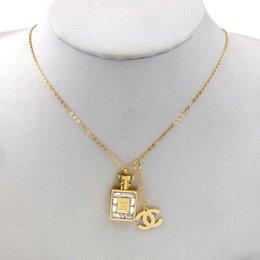 Calidad superior del diseñador Carta colgantes de moda collar de cristal de diamante de lujo collar Collares Mujeres Collares regalo de la joyería en venta