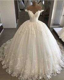 tull plus size wedding dress Canada - Lace Ball Gown Wedding Dresses 2019 New Off The Shoulder Floor Length Applique Tull Wedding Dress Bridal Gowns
