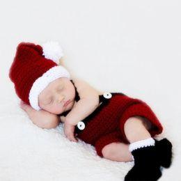 c5d21e374ff54 Accessoires de photographie pour bébé au crochet costume de Père Noël photo  nouveau-né photo fotografia enfant fille garçon tenue de Noël tout-petit ...