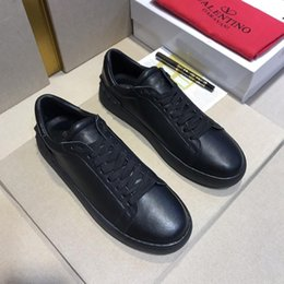 Joker lace online shopping - Joker new black flat shoes skateboard tennis comfortable rivet sports shoes ladies men s rivet leather fashion casual shoes original bo