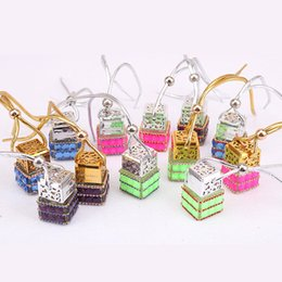 Discount personal pendants - Cube Perfume Bottle Diamond Perfume Glass Bottles Car Hanging Perfume Rearview Ornament Hang Rope Pendant Empty Packing